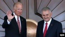 Binali Yildirim və Joe Biden