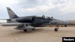تصویری از یک فروند جنگنده «ال-۱۵۹ الکا» که سال ۲۰۱۵ وارد پایگاه هوایی «بلد» در شمال بغداد شد – عکس از آرشیو