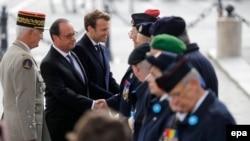 39 yaşlı Emmanuel Macron ölkə tarixində prezidentlik postuna seçilmiş ən gənc şəxsdir.