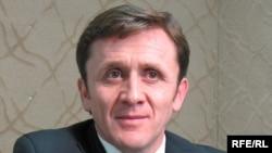 Moldova - Iurie Ciocan, secretary of the Electoral Central Commission, Mar2009