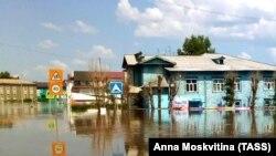 Иркутская область, вид на подтопленные районы города Тулун