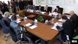 Седница на сегашниот состав на Државната изборна комисија (ДИК).