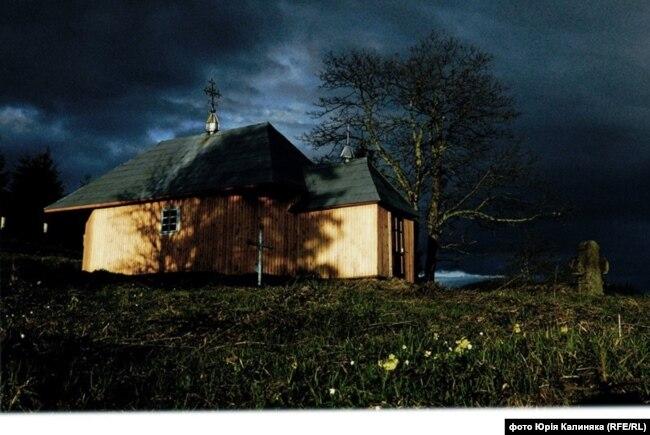 Церква у Випчині