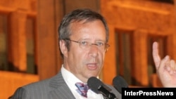 Estonia's President Ilves was one of the Eastern European leaders to arrive in Tbilisi on August 12 to offer Georgia support.