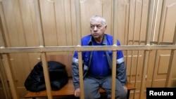 Владимир Мартыненко, водитель снегоуборочной машины аэропорта Внуково