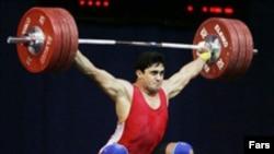 اين جريمه و محروميت ها به دليل آزمايش مثبت دوپينگ نه وزنه بردار از يازده وزنه بردار تيم ملی در آستانه حضور در مسابقه های جهانی دومينيکن بود.