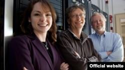 Кәримә Нигъмәтуллина, Билл Гейтс, Натан Мирвольд. Ryan Matthew Smith фотосы