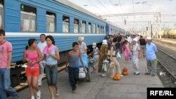 Поезд на станции Шу. Иллюстративное фото.
