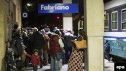 Itali: Njerëz të zhvendosur nga tërmeti.