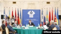 Під час саміту (фото прес-служби Адміністрації Президента України)
