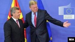 Средба на претседателот Ѓорге Иванов со еврокомесарот за проширување Штефан Филе Брисел.