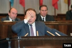 Russian economist and politician Yegor Gaidar speaks at the 7th Congress of Peoples' Deputies of Russia in 1992.