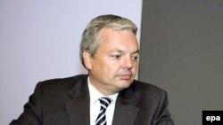 Дидье Рейндерс, Бельгияның сыртқы істер министрі. Брюссель, 29 қыркүйек 2008 жыл.