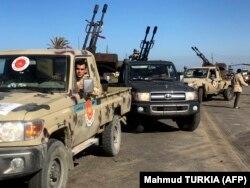 Бойцы Правительства национального единства в Триполи, сражающиеся с армией Хафтара. 8 апреля 2019 года