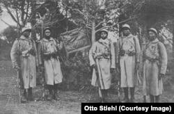 Soldați senegalezi dintr-o unitate colonială franceză decorată în Marele Război (Foto: Public domain)