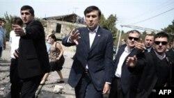 Россия пытается затащить Грузию обратно в постсоветское пространство, считает Михаил Саакашвили