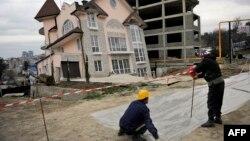 Ґастарбайтери на будівництві олімпійських об'єктів у російському Сочі