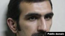 عابد توانچه، دانشجوی وبلاگ نويس و مدير مسئول نشريه دانشجويی «عصيان»، سرانجام در دادگاه تجديد نظر نيز به به هشت ماه حبس قطعی محکوم شد.