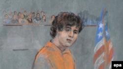 Рисунок, изображающий Джохара Царнаева в федеральном суде Бостона.