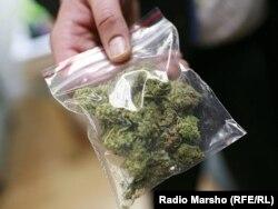 Пакет с мексиканской марихуаной