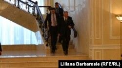 Nicolae Timofti venind la consultările cu liderii politci