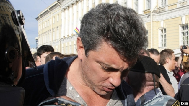 Boris Nemtsov of the Solidarity movement is detained during a protest rally in St. Petersburg on May 31.
