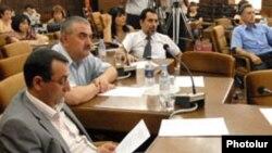 Հայաստան -- «Մարտի 1»-ի ժամանակավոր հանձնաժողովի նիստը, Երեւան, արխիվ