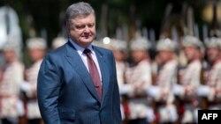 Петро Порошенко під час візиту у Софію