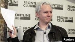 """Основатель """"Викиликс"""" Джулиан Эссанж начал свою карьеру в качестве телеведущего российского канала."""