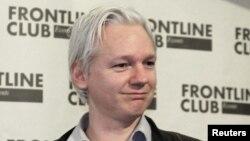 WikiLeaks сайтының негізін салушы Джулиан Ассанж. Лондон, 27 ақпан 2012 жыл.