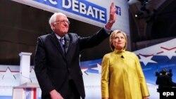 برنی سندرز وعده داد که با هیلاری کلینتون برای برنده شده در انتخابات روز هشتم نوامبر همکاری کند.