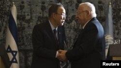 روون ریولین (راست) در دیدار با دبیرکل سازمان ملل