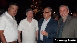 Міхаіл Саакашвілі, Джон Макейн, Міхаіл Касьянаў і Андрэй Саньнікаў на канфэрэнцыі ў Арызоне, 2013 год