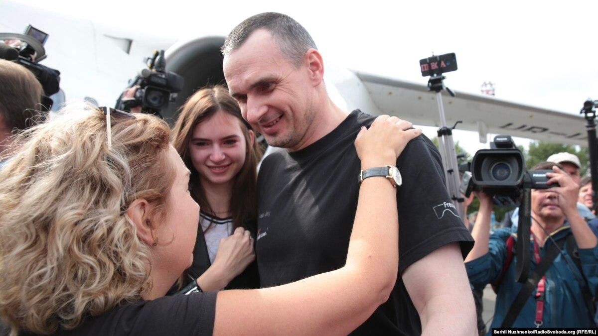 Радио Свобода Daily: Встреча освобожденных украинцев. Как это было