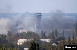 Донецький аеропорт під час обстрілу бойовиками, 3 жовтня 2014 року
