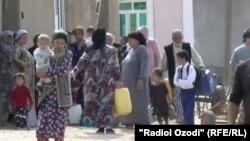недостаток на вода во селата во близина на градот Кулоб