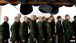 Русия армиясе хәрбиләре (архив фотосы)