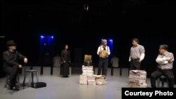 اجرای نمایش «دشمن مردم» در ایران