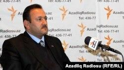 Azad İskəndərli