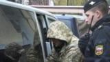 Меркель и Макрон требуют от России немедленно освободить украинских моряков