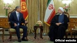 Президент Алмазбек Атамбаев менен Ирандын лидери Хасан Роухани