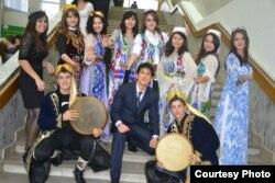 Студенты Российского университета дружбы народов из Узбекистана. 15 ноября 2013 года.