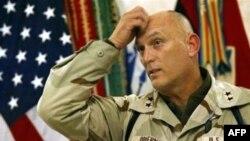 ژنرال ريموند اوديرنو می گویدهدف ايران از افزایش حمایت از نظاميان شيعه در عراق تاثیر گذاشن بر گزارش نظامی درباره وضعيت عراق که ماه آينده منتشر می شود، است