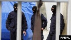 """В Южной Осетии считают, что Тбилиси готовит """"принудительное возвращение"""" республики в Грузию"""