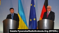 Керівники МЗС України та Німеччини Павло Клімкін (ліворуч) та Франк-Вальтер Штайнмаєр під час зустрічі в Берліні. 8 вересня 2016 року