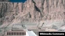 Египеттегі Луксор маңындағы патшалар алабы.