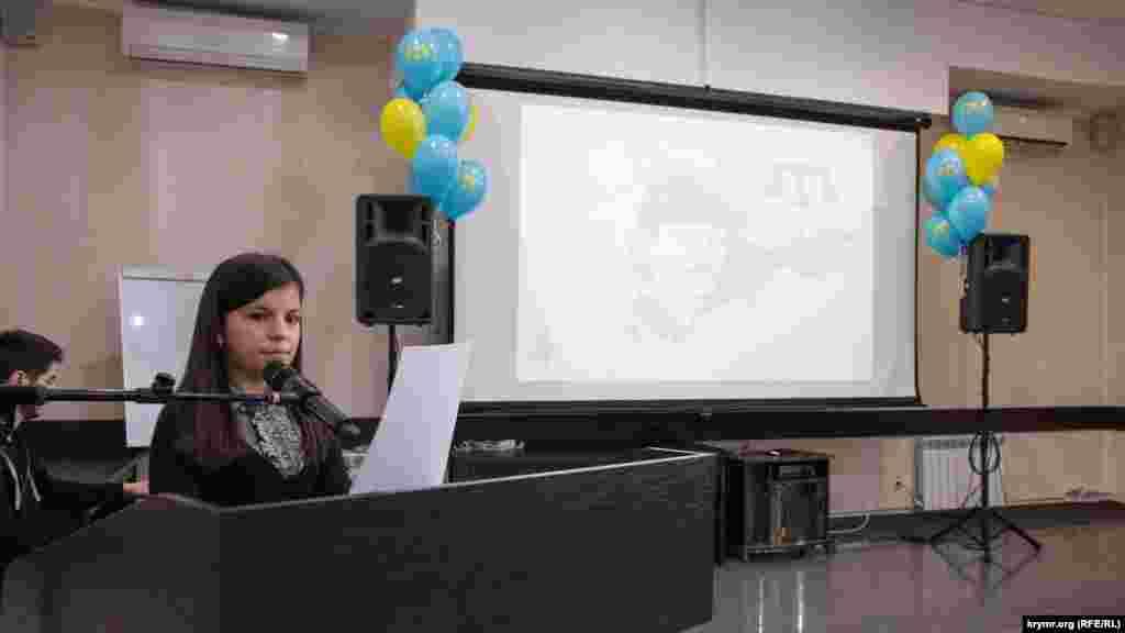 Улькера Сеїтмеметова з Кримської гімназії-інтернату для обдарованих дітей стала переможницею в номінації «Есе» серед учнів 5-8 класів