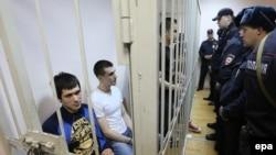 """Фигуранты """"Болотного"""" дела в зале суда. Москва, 24 февраля 2014 года."""
