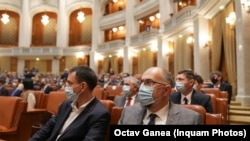 Kelemen Hunor, alături de parlamentarii UDMR în prima zi a noului legislativ
