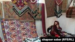 نمایشگاه صانیع دستی زنان افغانستان